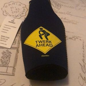 Twerk Ahead Bottle Cousy brand new